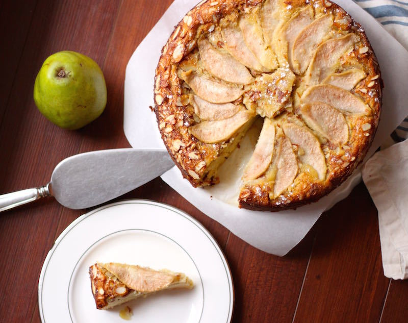 Almond and Pear Cake with Slice