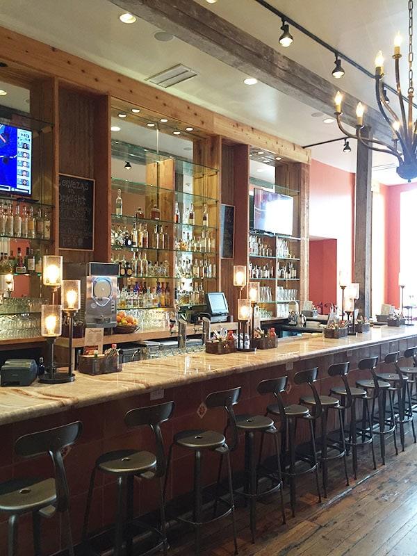 Bar at Minero