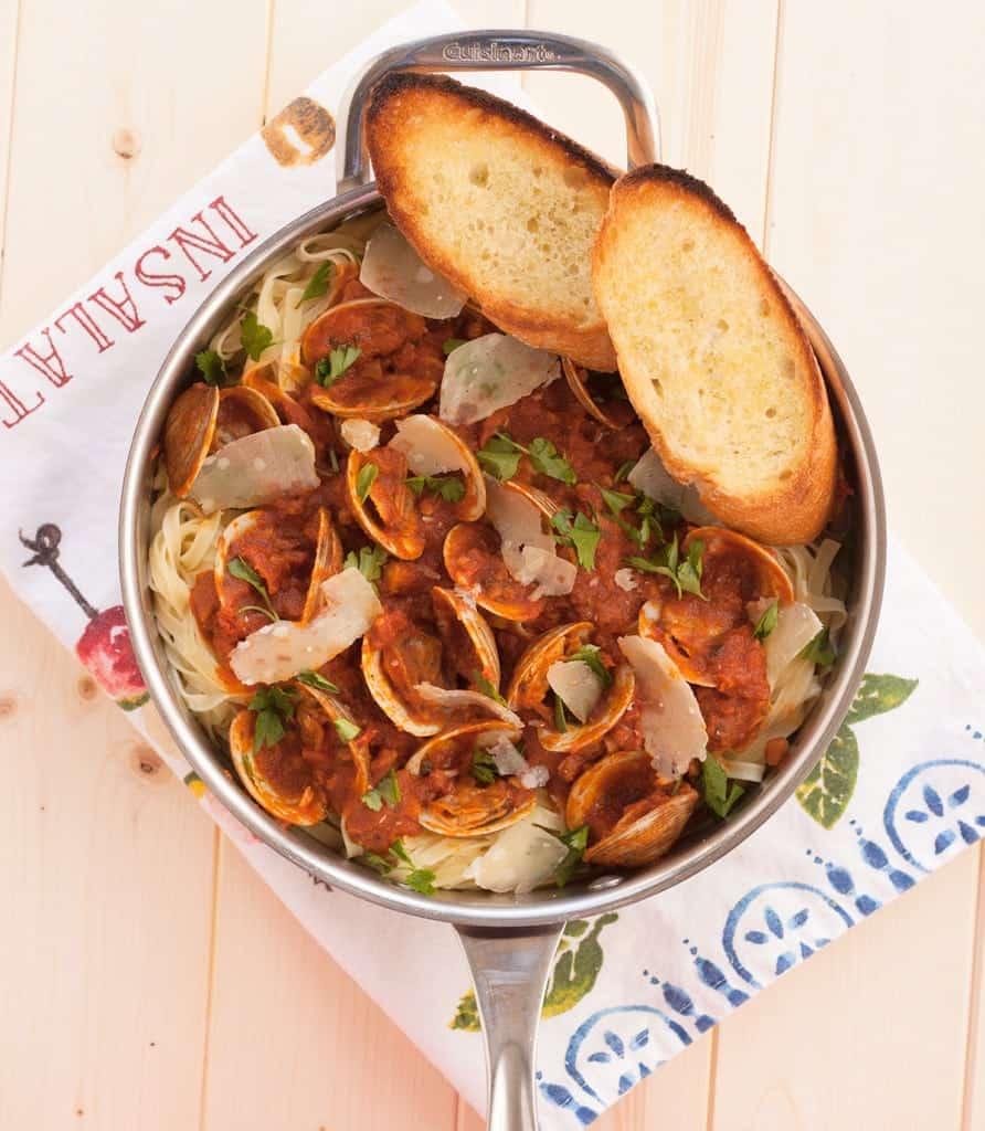 Viva Bertolli Linguine with Red Clam Sauce