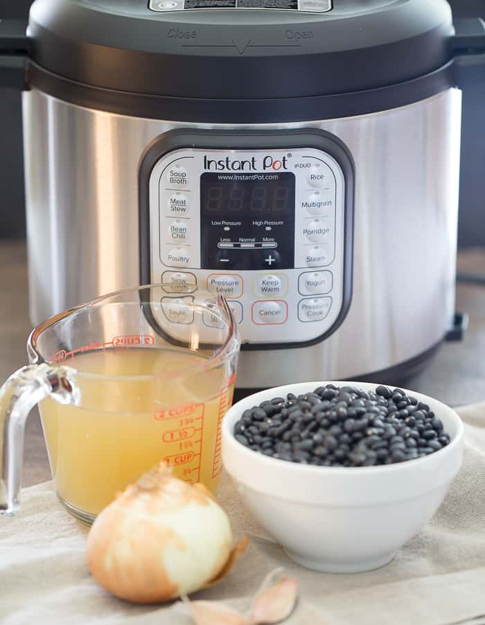 Ingredients to make instant pot black beans