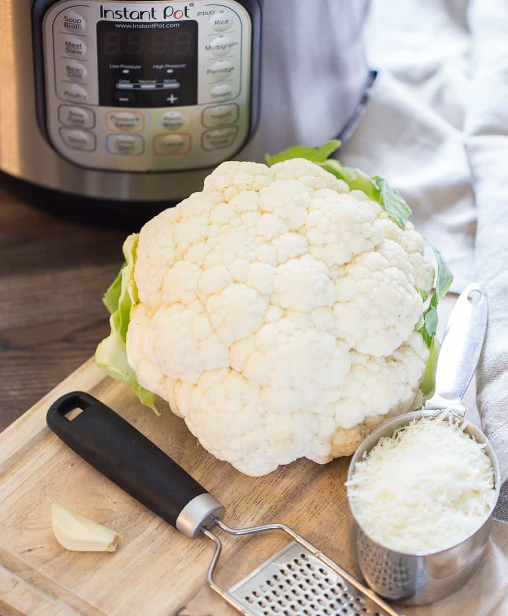 Ingredients for mashed cauliflower in the pressure cooker