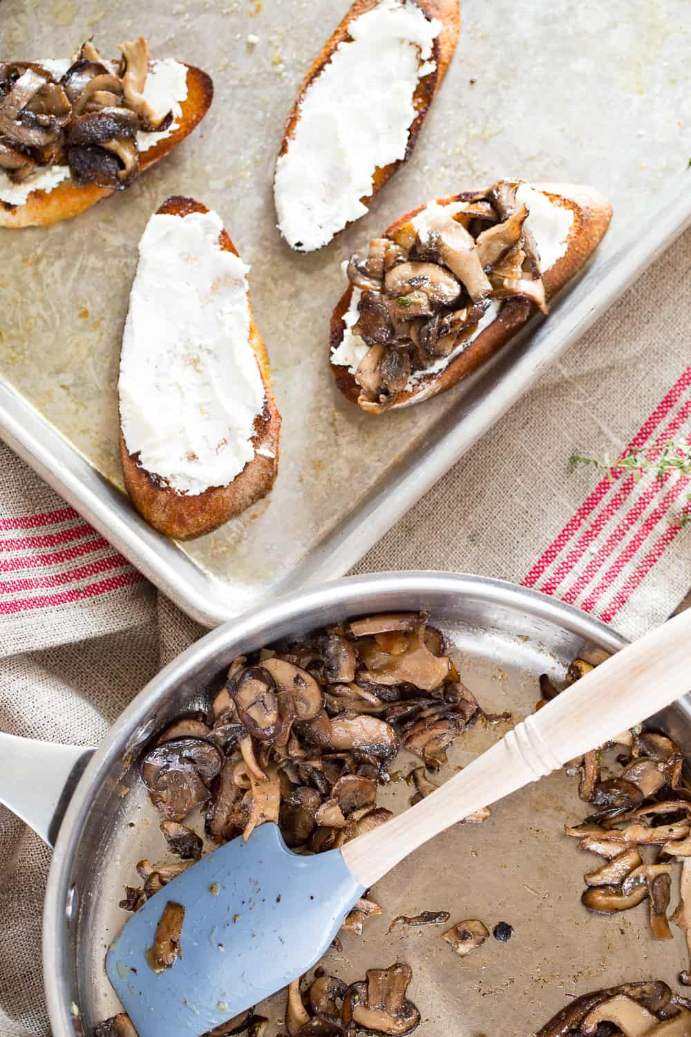 How to make mushroom toast