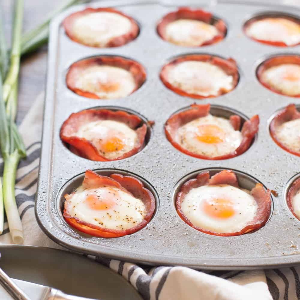 ham and egg cups cooked in a muffin tin